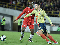 BOGOTA - COLOMBIA, 03-06-2019: James Rodriguez jugador de Colombia disputa el balón con Adolfo Machado jugador de Panamá durante partido amistoso entre Colombia y Panamá jugado en el estadio El Campín en Bogotá, Colombia. / James Rodriguez player of Colombia fights the ball with Adolfo Machado player of Panama during a friendly match between Colombia and Panama played at Estadio El Campin in Bogota, Colombia. Photo: VizzorImage/ Gabriel Aponte / Staff