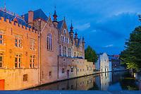 Belgique, Flandre-Occidentale, Bruges, centre historique classé Patrimoine Mondial de l'UNESCO, , le long du canal Groenerei  //  Belgium, Western Flanders, Bruges, historical centre listed as World Heritage by UNESCO, along the Groenerei canal,