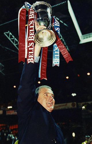 7TH MAY 1997, WALTER SMITH HOLDS ALOFT THE SCOTTISH PREMIER LEAGUE TROPHY AS RANGERS RECORD THEIR NINTH TITLE IN A ROW, ROB CASEY PHOTOGRAPHY