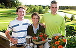 DEN DOLDER - Kampioen Darius van Driel met links Tim Sluiter(2e) en rechts Teemu Bakker, na het NK Strokeplay golf op Golfsocieteit  De Lage Vuursche. COPYRIGHT KOEN SUYK