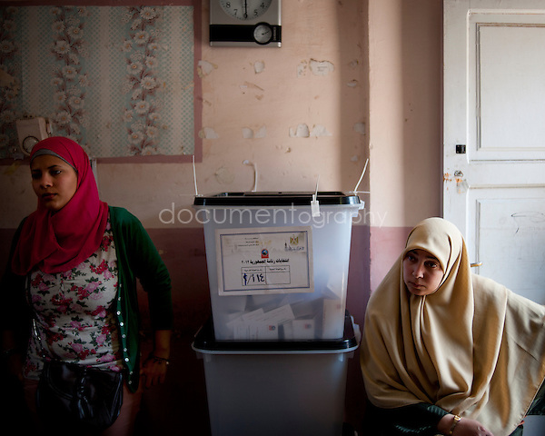 Polls stations in Cairo opened for the country's first freely elected president. The two main candidates are Mohammed Morsi and Hosni Mubarak's former prime minister, Ahmed Shafik...16th of June 2012, Cairo, Egypt..Copyright : Magali Corouge / Documentography