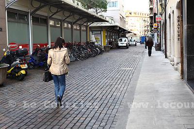 Genève, le 01.12.2009.Rue Dizerens, rue piétonne..© Le Courrier / J.-P. Di Silvestro