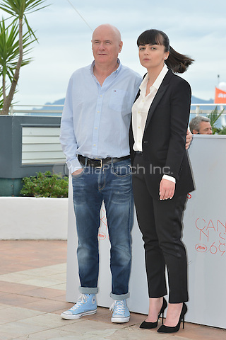 Dave Johns and Hayley Squires at the Photocall &acute;I, Daniel Blake` - 69th Cannes Film Festival on May 13, 2016 in Cannes, France.<br /> CAP/LAF<br /> &copy;Lafitte/Capital Pictures /MediaPunch ***NORTH AND SOUTH AMERICA ONLY***