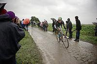 Simon Gerrans (AUS/Orica-GreenEDGE) on pav&eacute; sector 6<br /> <br /> 2014 Tour de France<br /> stage 5: Ypres/Ieper (BEL) - Arenberg Porte du Hainaut (155km)