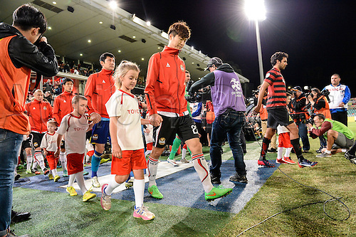 07.04.2015. Sydney, Australia. AFC Champions League. Western Sydney Wanderers v FC Seoul. Seoul captain Koh Myong-jin leads his team out.