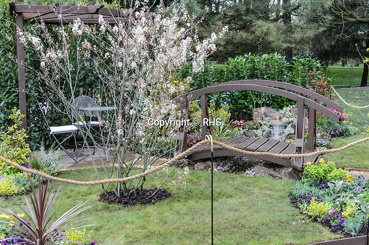 Hospice Garden for Living. Designed by Jim Goodwin. RHS Flower Show Cardiff 2016.