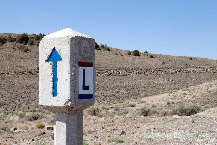 Lincoln Highway marker along US 50 at Hickison Summit in Nevada.