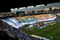 BOGOTA-COLOMBIA-03- MAYO-2015.Hinchas de Millonarios antes del  partido por la fecha 18 de la Liga Águila I 2015 jugado en el estadio Nemesio Camacho El Campín de la ciudad de Bogotá./Supporters of Millonarios cheer for their team<br /> before the match for the 18th date of the Aguila League I 2015 played at Nemesio Camacho El Campin stadium in Bogotá city<br /> Photo: VizzorImage / Felipe Caicedo / Staff