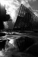 11.2002 <br /> <br /> Louvre museum.<br /> <br /> Mus&eacute;e du Louvre.