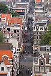 Blick von der Westerkerk auf die verwinkelten Häuser an der Bloemstraat im Jordaan, Amsterdam