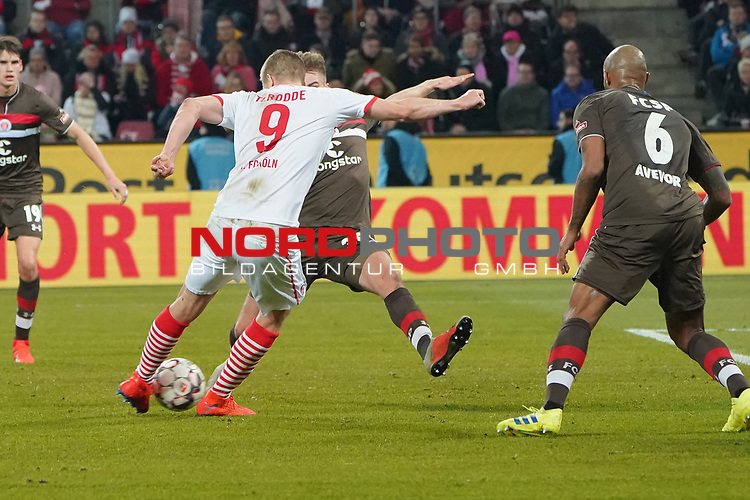08.02.2019, RheinEnergieStadion, Koeln, GER, 2. FBL, 1.FC Koeln vs. FC St. Pauli,<br />  <br /> DFL regulations prohibit any use of photographs as image sequences and/or quasi-video<br /> <br /> im Bild / picture shows: <br /> Simon Terodde (FC Koeln #9), schiesst das 4:1<br /> <br /> Foto &copy; nordphoto / Meuter