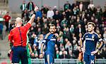 Stockholm 2015-02-16 Fotboll Tr&auml;ningsmatch Hammarby IF - LA Galaxy :  <br /> La Galaxys Juninho f&aring;r ett r&ouml;tt kort av domaren Stefan Johannesson under matchen mellan Hammarby IF och LA Galaxy <br /> (Foto: Kenta J&ouml;nsson) Nyckelord:  Fotboll Tr&auml;ningsmatch Tele2 Arena Hammarby HIF Bajen Los Angeles LA Galaxy utvisning r&ouml;tt kort
