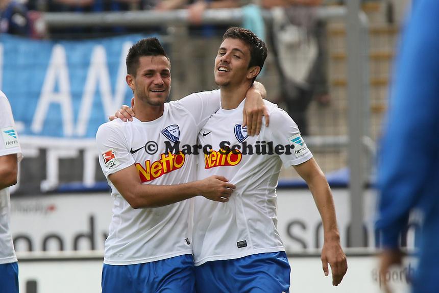 Torjubel um Anthony Losilla (Bochum) beim 0:1- FSV Frankfurt vs. VfL Bochum, Frankfurter Volksbank Stadion