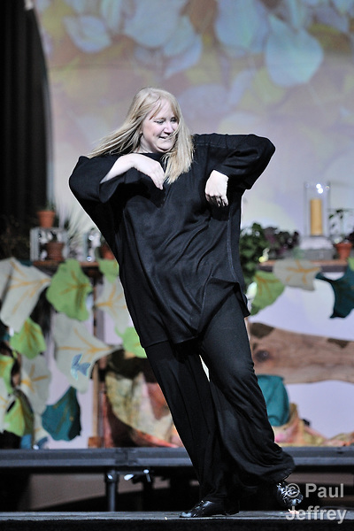 Marcia McFee, the director of worship for the 2008 United Methodist General Conference in Fort Worth, Texas, dances during the gathering's final worship service on May 2.