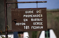 Europe/France/Pays de la Loire/44/Loire-Atlantique/Parc Naturel Régional de Brière/Grande-Brière/Ile de Fedrun: Panneau guide de promenade en barque