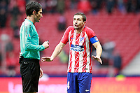 Atletico de Madrid's Gabi Fernandez have words with the referee Jose Luis Munuera Montero during La Liga match. January 6,2018. (ALTERPHOTOS/Acero) /NortePhoto.com NORTEPHOTOMEXICO
