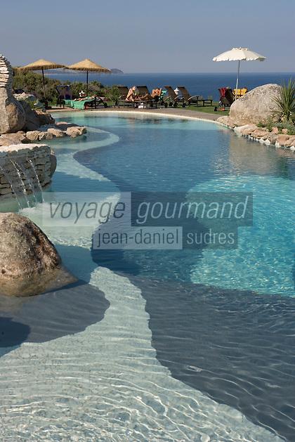 Europe/France/2A/Corse-du-Sud/Bonifacio: Hotel U Campu-Biancu la piscine [Non destiné à un usage publicitaire - Not intended for an advertising use]