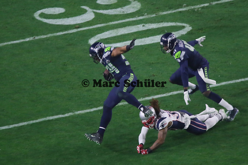 Interception Return von LB Bobby Wagner (Seahawks) - Super Bowl XLIX, Seattle Seahawks vs. New England Patriots, University of Phoenix Stadium, Phoenix