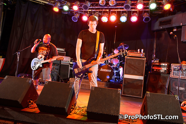 Dead Teddy in concert at Pop's in Sauget, IL on July 13, 2012.