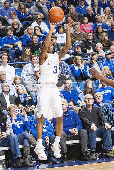 Guard Tyler Ulis of the Kentucky Wildcats shoots a three during the game against the Auburn Tigers at Rupp Arena on Saturday, February 21, 2015 in Lexington, Ky. Kentucky defeated Auburn 110-75. Photo by Michael M Reaves | Staff.