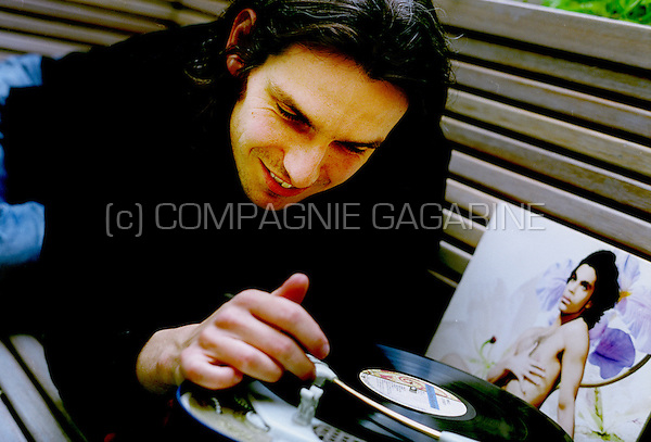 Flemish radio host Wim Oosterlinck pictured at the VRT with his favourite Prince record (Belgium, 02/09/2005)