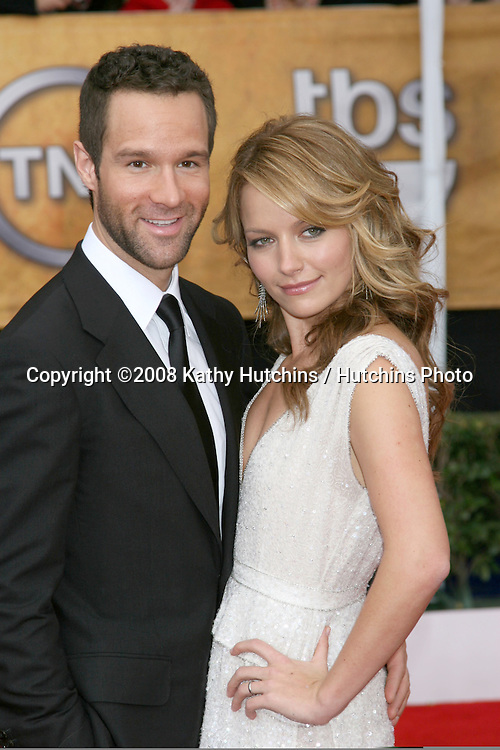 Becki Newton & Husband.2008 Screen Actor's Guild Awards .Shrine Auditorium.Los Angeles, CA.January 27, 2008.©2008 Kathy Hutchins / Hutchins Photo...            .