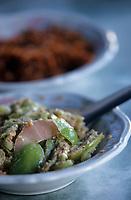 "Asie/Birmanie/Myanmar/Haute Birmanie/Mandalay: ""Birman Aye Myit Tar"" - Accompagnement du curry de crevettes - Salade de tomates vertes"