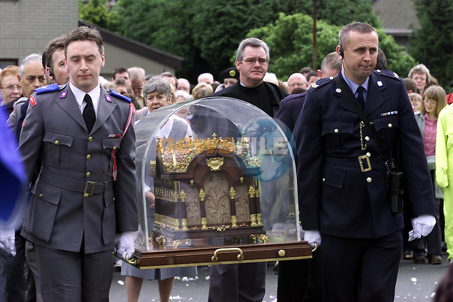 The relics of St. Therese are brought into the MMM Convent..Picture: Fran Caffrey/Newsfile