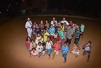 PIRACICABA,SP, 20.07.2016 - TAEKWONDO.O lutador de taekwondo Guilherme Felix dirige o projeto social Em Busca de Campeões na favela da Portelinha, em Piracicaba, interior de São Paulo. Todas as segundas e quartas-feira, o campeão pan-americano reúne um grupo de lutadores e se dirige ao campinho de areia da favela, com materiais cedidos pelo Centro de Alto Rendimento Dojan Nippon para ensinar a arte marcial e ensinar o esporte e seus valores para as crianças. ( Foto: Mauricio Bento/ Brazil Photo Press)