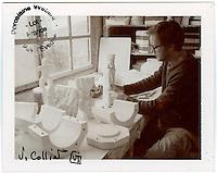 Europe/Europe/France/Midi-Pyrénées/46/Lot/ Puy-l'Évêque: Manufacture de Porcelaine Virebent -  Vincent Collin Designer [Non destiné à un usage publicitaire - Not intended for an advertising use]
