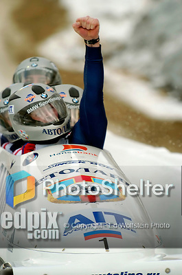 20 November 2005: Alexandr Zoubkov, pilot of the Russia 1 sled, celebrates his first place, gold medal win at the 2005 FIBT AIT World Cup Men's 4-Man Bobsleigh Tour at the Verizon Sports Complex, in Lake Placid, NY. Mandatory Photo Credit: Ed Wolfstein.