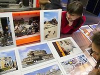 Fotografos exponen sus trabajos en la Pescaderia de Ferrol