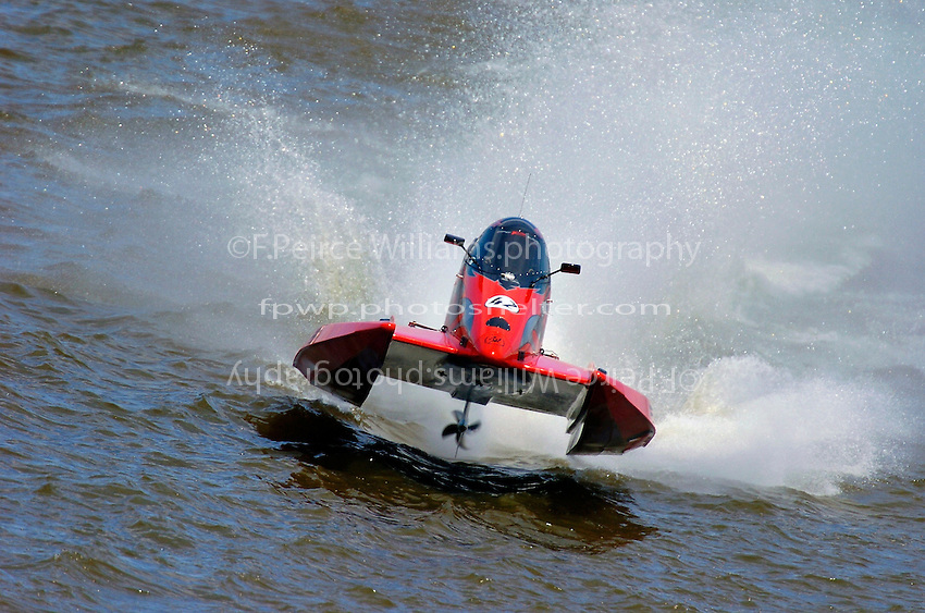 2004 Bay City River Roar, Bay City, MI USA 26-27 June, 2004.Shaun Torrente, #42, SST-120 class..F.Peirce Williams .photography.P.O.Box 455  Eaton,OH 45320 USA.p: 317.358.7326  e: fpwp@mac.com