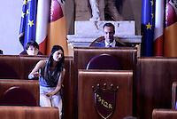 Roma, 10 Agosto 2016<br /> Campidoglio.<br /> Il presidente dell'assemblea capitolina Marcello De Vito e la Sindaca Virginia Raggi.<br /> Consiglio Comunale straordinario su AMA, rifiuti e le consulenze dell'assessora  all'ambiente