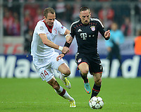 FUSSBALL   CHAMPIONS LEAGUE   SAISON 2012/2013   GRUPPENPHASE   FC Bayern Muenchen - LOSC Lille                          07.11.2012 David Rozehnal (li, LOSC Lille) gegen Franck Ribery (FC Bayern Muenchen)