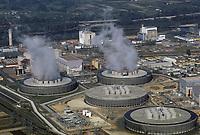 Europe/France/Centre/Indre-et-Loire/Vallée de la Loire/Chinon : La centrale nucléaire<br /> Vue aérienne