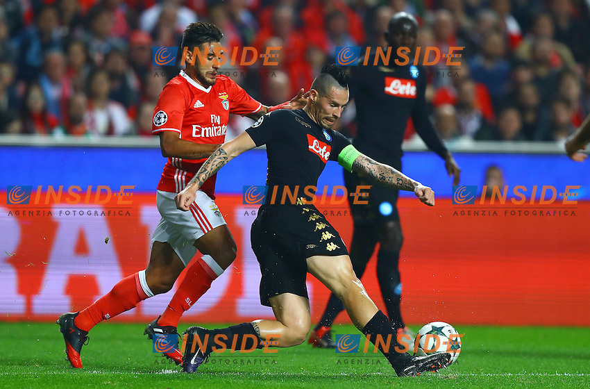 Marek Hamsik of Napoli and Eduardo Salvio of Benfica in action during the UEFA Champions League Group B match between Benfica and Napoli played at Estadio da Luz, Lisbon, Portugal on 6th December 2016 / Football - UEFA Champions League 2016/17 Group Stage Group B <br /> Foto imago/BPI/Insidefoto