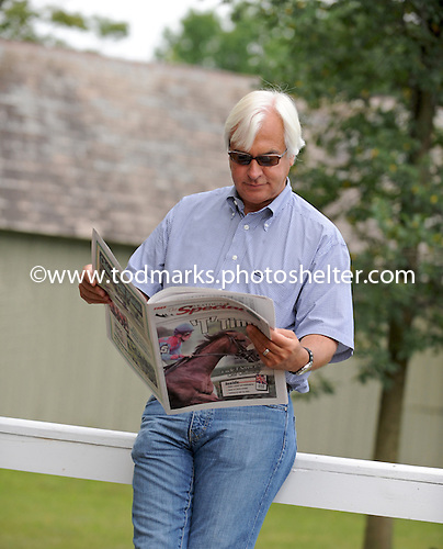 Bob Baffert reads the Saratoga Special before his induction in the Racing Hall of Fame.