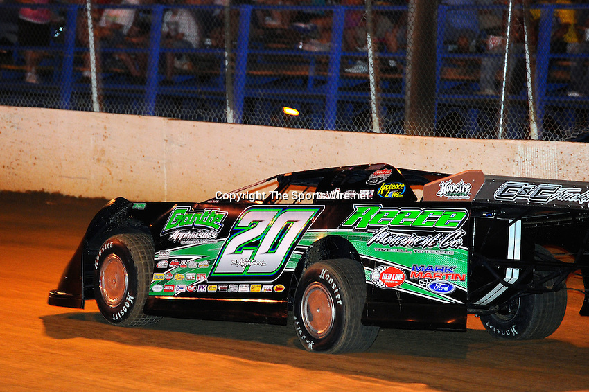 Aug 14, 2010; 9:26:14 PM; Union, KY., USA; The ìSunoco Race Fuels North/South 100î running a 50,000-to-win event presented by Lucas Oil at Florence Speedway in Union, KY. Mandatory Credit: (thesportswire.net)
