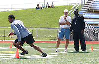 HEMPFIELD TOWNSHIP, PA - AUGUST 20:  Terrelle Pryor works out during his pro day in front of Pittsburgh Steelers head coach Mike Tomlin and quarterbacks coach Ken Anderson at a practice facility on August 20, 2011 in Hempfield Township, Pennsylvania.  (Photo by Jared Wickerham/Getty Images)