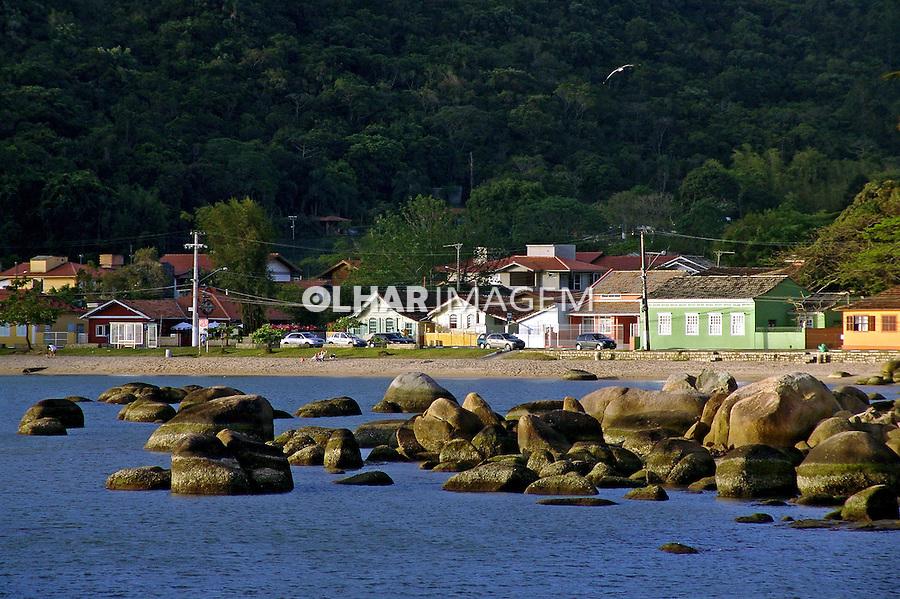 Praia do Sambaqui em Florianópolis. Santa Catarina. 2009. Foto de Caio Vilela.