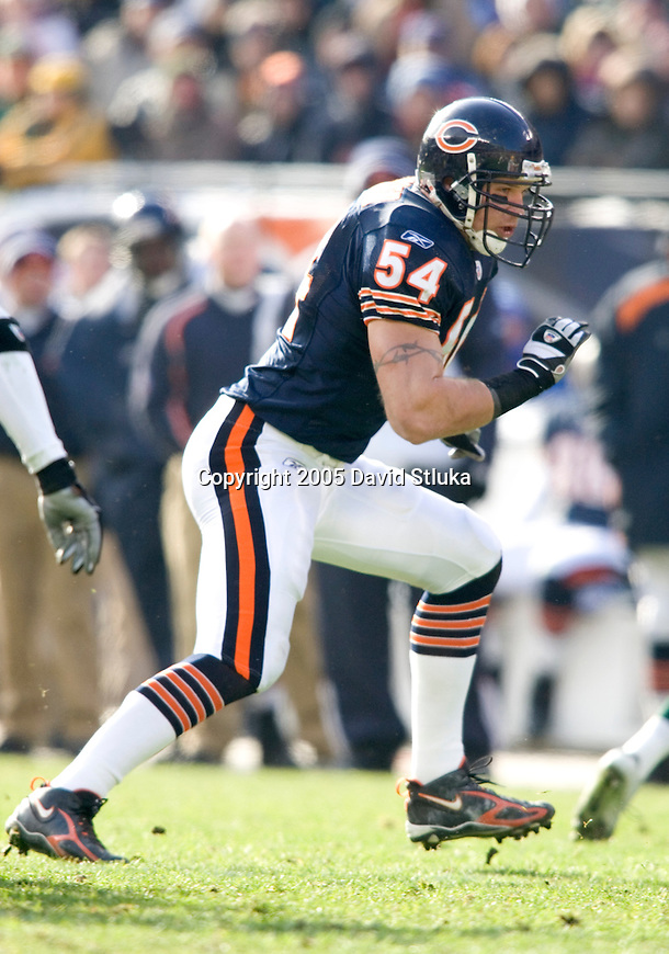 Chicago Bears linebacker Brian Urlacher (54) during an NFL football game against the Green Bay Packers on December 4, 2005 at Soldier Field in Chicago, Illinois. The Bears defeated the Packers 19-7. (Photo by David Stluka)