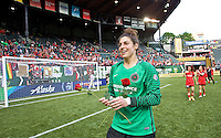 Portland, OR - Sunday, May 29, 2016: Portland Thorns FC goalkeeper Michelle Betos (18). The Portland Thorns FC and the Seattle Reign FC played to a 0-0 tie during a regular season National Women's Soccer League (NWSL) match at Providence Park.