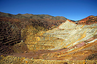 The Lavender Pit Mine is an open-pit copper mine, 1.25 miles long, 1.00 mile wide and 950 feet deep. Bisbee Arizona USA.