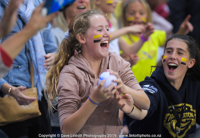 Fans at the ANZ Premiership netball match between the Central Pulse and Northern Mystics at Te Rauparaha Arena in Wellington, New Zealand on Wednesday, 17 April 2019. Photo: Dave Lintott / lintottphoto.co.nz