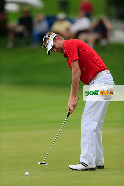 David Lynn (ENG) putts on the 16th green during Friday's Round 1 of the 2013 Bridgestone Invitational WGC tournament held at the Firestone Country Club, Akron, Ohio. 2nd August 2013.<br /> Picture: Eoin Clarke www.golffile.ie