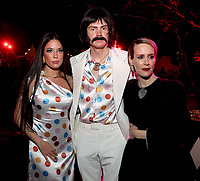 """LOS ANGELES - OCTOBER 26: (L-R) Halsey, Evan Peters, and Sarah Paulson attend the red carpet event to celebrate 100 episodes of FX's """"American Horror Story"""" at Hollywood Forever Cemetery on October 26, 2019 in Los Angeles, California. (Photo by John Salangsang/FX/PictureGroup)"""