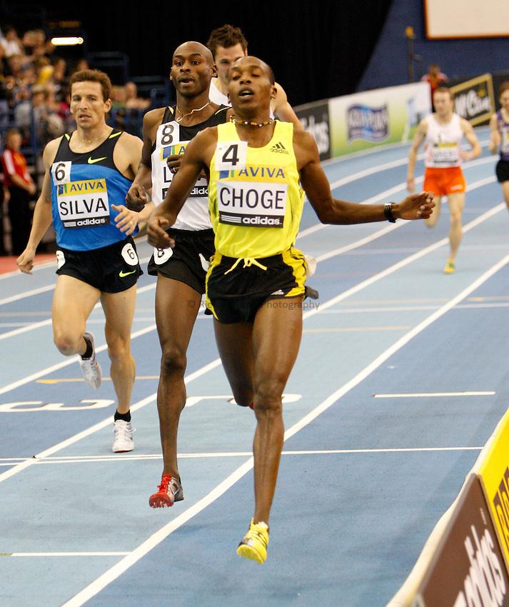 Photo: Richard Lane/Richard Lane Photography..Aviva Grand Prix. 21/02/2009. Kenya's Augustine Choge crosses the line to win the Men's 800m.