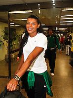 Fernanda Garay jogadora da seleção brasileira feminina de vôlei, que conquistaram a medalha de ouro nos Jogos Olímpicos de Londres, durante desembarque nesta SEGUNDA-FEIRA (13) no Aeroporto Internacional de Guarulhos, em São Paulo (SP).FOTO ALE VIANNA/BRAZIL PHOTO PRESS