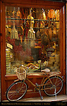 Bicycle at Pizzicheria de Miccoli antique delicatessen, Via di Citta, Siena, Italy